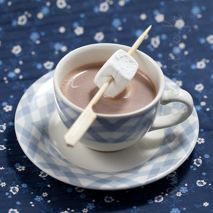 chocolat chaud chamallows juste pour la photo blogs de cuisine. Black Bedroom Furniture Sets. Home Design Ideas